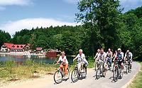 Radwandergruppe in der Oberlausitz
